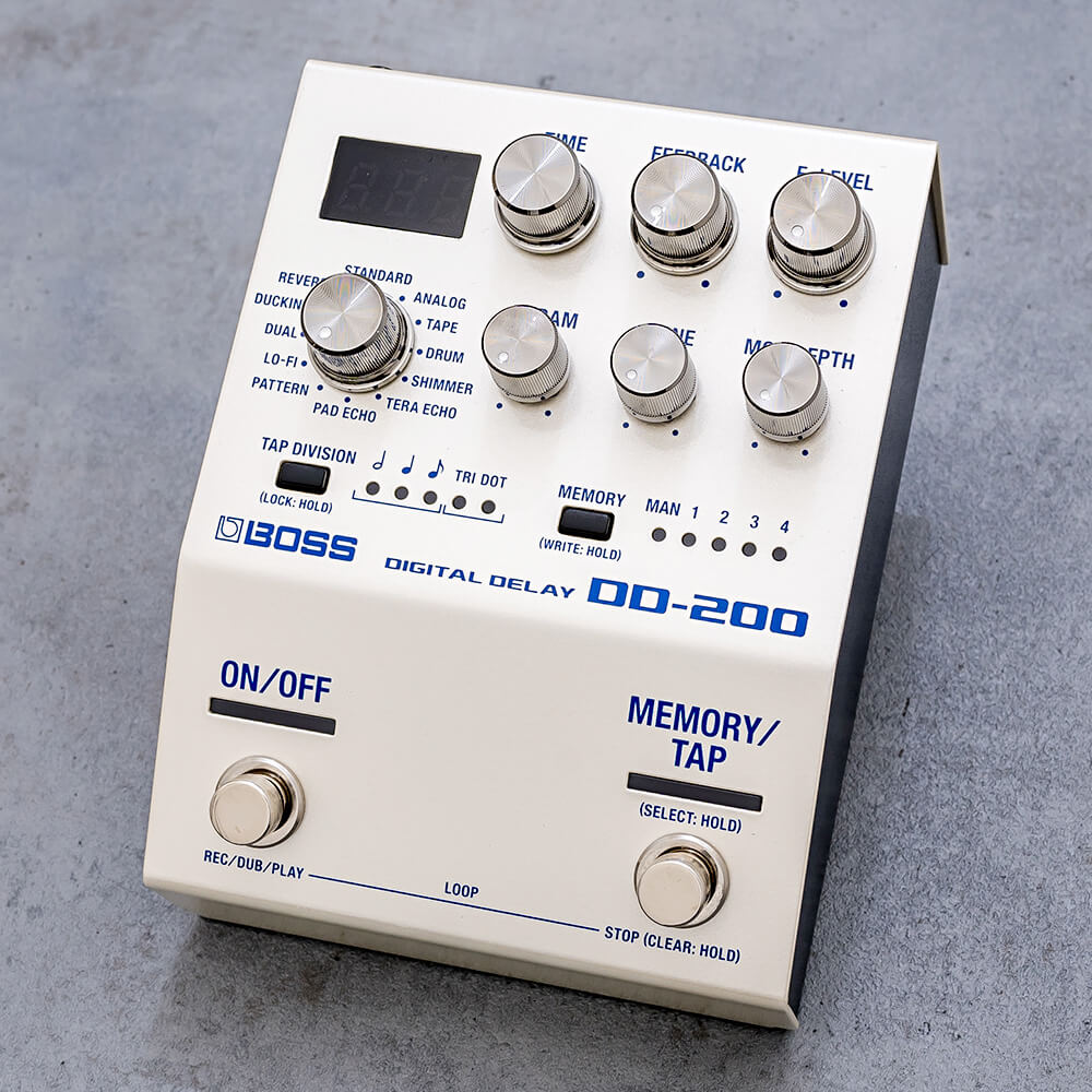 BOSS <br>DD-200 DIGITAL DELAY